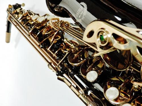 Black-Sax-Close-Up